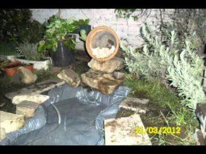 Cómo hacer una fuente en el jardín